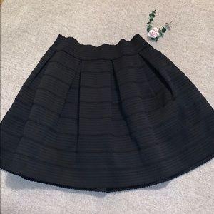 NWOT Express skirt black